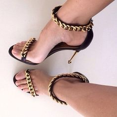 (82.49$)  Watch now  - Female Street Black Metal Chain Stiletto Sandals Thin High-heeled Sandals One Narrow Band Sexy Gladiator Cover Heel Shoes Women