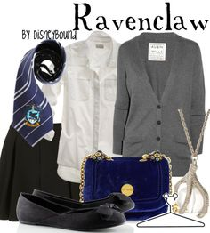 I could actually see myself wearing this outfit..which makes sense because according to Pottermore, I'm in Ravenclaw :)