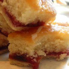 Strawberry Jam Tray Bake