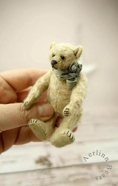 Marnie Miniature 3 1/2 Artist Teddy Bear by by aerlinnbears