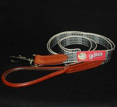 #Bakerdog Leather Trim Leash from www.bakerblanket.com #dogleash #bakerplaid #barndog #plaidleash