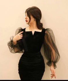 Girls Fashion Clothes, Teen Fashion Outfits, Look Fashion, Girl Fashion, Fashion Dresses, Glamouröse Outfits, Classy Outfits, Pretty Outfits, Pretty Dresses