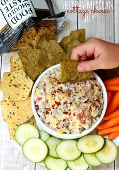 Cottage cheese avocado beans corn tomatoes jalapeño onions and Sriracha sauce are layered to create this flavorful but figure-friendly Skinny Mexican Cottage Cheese Dip. Cheese Dip Mexican, Queso Cheese, Mexican Dips, Cheese Toast, Dip Recipes, Mexican Food Recipes, Cooking Recipes, Yummy Recipes, Cooking Tips