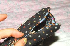 DIY Tutorial in Pictures. Coin Purse Tutorial, Zipper Pouch Tutorial, Tote Tutorial, Diy Tutorial, Bag Patterns To Sew, Tote Pattern, Sewing Patterns, Sewing Tutorials, Sewing Projects
