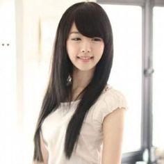 Peluca para chicas, de 2.63 euros http://item.taobao.com/item.htm?spm=a230r.1.14.312.wvlkU5&id=12487085572&_u=tkiv66tc6b9 si queria comprar, pegar el link en newbuybay.com para hacer pedidos.