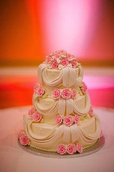 Drapery cake ~ http://www.portraitsbyshanti.com/   bellethemagazine.com