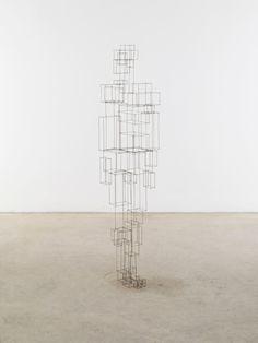 Antony Gormley, Construct V, 2010, 2 mm square section stainless steel bar — 193 × 40 × 33 cm