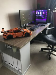 21 Best DIY Computer Desk Ideas for Home Office Inspiration - Computer Desk Ideas Easiest DIY Projects with Wood Pallets, You Can Build Computer Desk Design, Simple Computer Desk, Computer Desk Setup, Gaming Room Setup, Pc Desk, Gaming Chair, Home Office Setup, Home Office Design, Home Office Furniture