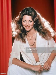 Actress Lindsay Wagner poses for a portrait in 1978 in Los Angeles, California.