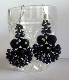 TUTORIAL  for SPARKLING CRYSTAL  Beadwoven by Quiltingfamily, via Etsy.
