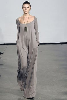 I swoon for this 2008 Halston dress…or is it a maxi jump suit? xoxoxo