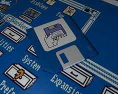 Oggi celebriamo l'anniversario della nascita di Amiga, l'home computer che cambiò per sempre il mondo dell'informatica. Fino a quel fatidico 23 luglio 1985, in