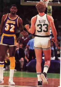and really short shorts. Larry Bird and Magic Johnson. Yeah, I'm putting Larry Bird in awwww, even if it's the back view! Sport Basketball, Basketball Pictures, Basketball Legends, Love And Basketball, Basketball Players, Celtics Basketball, Lakers Celtics, Basketball Jones, Lakers Vs