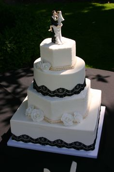 Wedding cake with black lace