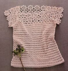 from Crochet and knitting Crochet Blouse, Knit Crochet, Crochet Tops, Floral Tops, Embroidery Store, Crochet Stitches For Beginners, Modern Crochet Patterns, Boucle Yarn, Easy Crochet Projects