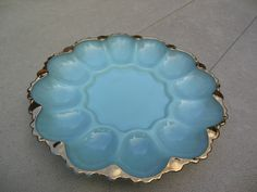 TURQUOISE BLUE 22K Gold Trimmed DEVILED EGG PLATE Anchor Hocking GLASS   eBay