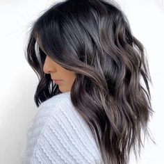 The Most Flattering Mid-Length Brown Hairstyles To Try in 2020