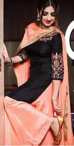 Punjabi Salwar Suits, Designer Punjabi Suits, Indian Designer Wear, Indian Suits, Indian Dresses, Blazer Outfits Men, Ethenic Wear, Boutique Suits, Womens Dress Suits