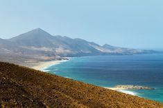 Playa de Cofete y Barlovento, Fuerteventura Beach Vibes, Beach Wear, Cool Places To Visit, Tourism, Mountains, Water, Prints, Travel, Outdoor