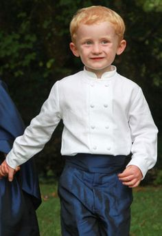 Discover our double breasted Mandarin collar shirt for page boys with long sleeves in white or ivory cotton. It is perfect for a traditional wedding Pageboy Outfits, Boys Waistcoat, Mandarin Collar Shirt, Boy Models, Page Boy, Boy Shorts, Wedding Attire, Collar Shirts, A Team