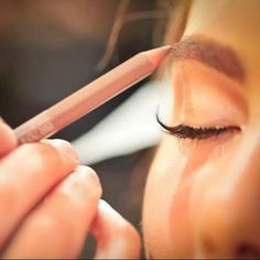 Eyebrow prepping