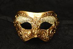 Maschera per bambini di Venezia Oro e carta di AtelierMaregaMask