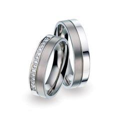 Titanium trouwringen (TF 13) van TitanFactory. Verkrijgbaar voor een verrassend scherpe prijs bij ItaloDesign – de trouwringenspecialist uit het zuiden.