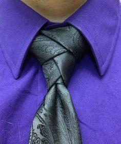 Elbridge neck tie knot