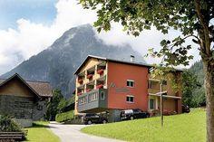 Hotel Garni Madrisa - 3 Star #Guesthouses - $86 - #Hotels #Austria #Brand http://www.justigo.com/hotels/austria/brand/pension-madrisa_48381.html