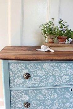 Fleur Chalk Paint Dresser (Before & After) – Finding Silver Pennies – Diy Furniture Ideas Chalk Paint Dresser, Chalk Paint Furniture, Furniture Projects, Furniture Stencil, Bedroom Furniture, Stencil Dresser, Furniture Movers, White Furniture, Cheap Furniture