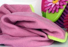 Zo maak je je vaatdoekje in twee minuten weer schoon zonder de wasmachine!