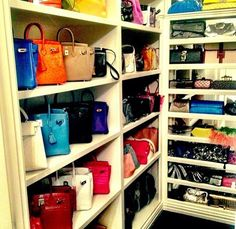 Exceptionnel Accessory Closet