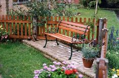 Home design, Relaxing Industrial Bench In Hearty Small Garden Decor Ideas With Contemporary Railing Fence: Wonderful Backyard Garden Decor Ideas with Seating Space
