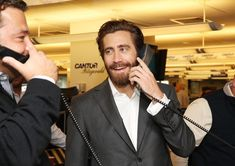 Jake Gyllenhaal Photos - Annual Charity Day Hosted by Cantor Fitzgerald and BGC - Cantor Fitzgerald Office - Inside - Zimbio
