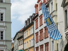 Die Augustiner-Bräu Wagner KG ist die älteste noch bestehende Brauerei in München. Augustiner-Bräu ist gleichzeitig der Markenname der dort produzierten Biere.