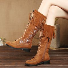 61.58$  Buy here - http://alih4i.worldwells.pw/go.php?t=32770063142 - Retro Vintage Black Brown Suede Crossed Lace-up Medium Thick Heels Mid-calf Boots With Tassle Fashion Charming Padded Shoes