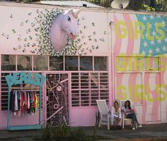 The Dog Show, Los Angeles