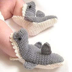 Making baby gifts with your own hands is the sweetest way to show your love and welcome those new little ones to the world! If you love crocheting, you can create a nice one with some yarn, a crochet hook and a bit of time. Crochet baby booties are one of …