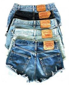LEVI Shorts Denim Cutoff Tattered Blue 501 Distressed Highwaist High Cut Jean Shorts