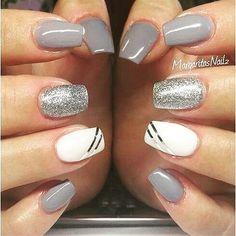 Fabulous Nails, Gorgeous Nails, Pretty Nails, Gel Nail Designs, Cute Nail Designs, Nails Design, Grey Nails With Design, Silver Nail Designs, Salon Design