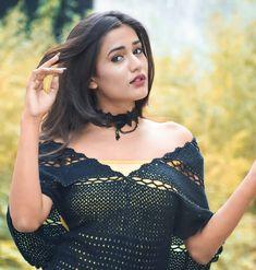 Top 100 Hottest Desi Girls Wallpapers of Pakistani Indian Girls Stylish Girls Photos, Girl Photos, Hd Photos, Asian Woman, Asian Girl, Beautiful Girl Photo, Gorgeous Women, Models, Girls Image