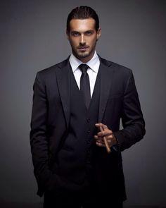 Dusan Susnjar model - Graham J Morgan, Stuck-up Suit