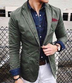 How to wear: olive cotton blazer, navy denim shirt, white chinos, red polka dot pocket square Blazer Outfits Men, Blazer Fashion, Fashion Outfits, Style Gentleman, Look Fashion, Mens Fashion, Fashion News, Fashion Trends, Mens Clothing Styles