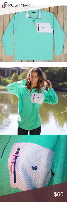 "Southern Marsh Field-Tec Dune Southern Marsh brand. Field-Tec deisgn. Dune style. Waffled grid pattern fabric. Temperature regulation. Light teal or aqua blue color. The color name is ""Bimini Green""  Pink and white seersucker pocket. Pink stretch zipper pulls. EUC. Pet Friendly + Smoke Free Home. Southern Marsh Tops Sweatshirts & Hoodies"