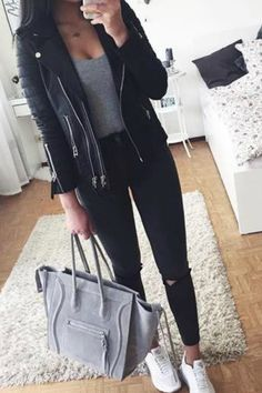 leather moto jacket outfit idea- The most stylish selfie outfits www.justtrendyg… leather moto jacket outfit idea- The most stylish selfie outfits www.justtrendygir… More from my siteFall outfit Winter Fashion Outfits, Cute Casual Outfits, Fall Winter Outfits, Simple Outfits, Look Fashion, Spring Outfits, Teenager Outfits, College Outfits, Outfits For Teens
