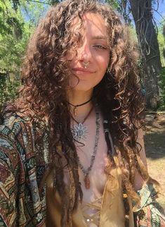 Mode Grunge Hipster, Grunge Hippie, Hippie Boho, Hippie Vibes, Hippie Jewelry, Look Hippie Chic, Looks Hippie, Pretty People, Beautiful People