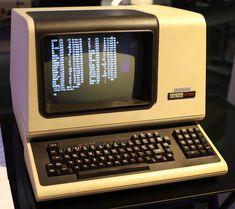 File:DEC VT100 terminal.jpg