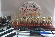 Professional flower making master set by the producer of 30 tools + sample of PVA