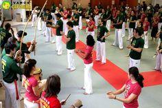 Evenement Vamos Capoeira Paris :   http://www.capoeira-paris.net/Capoeira-senzala-paris.html