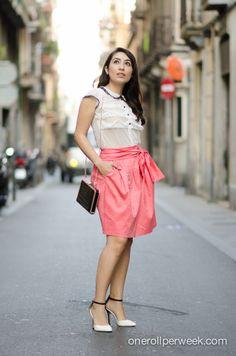 look romántico ...http://klausstrofobia.com/style/local-fashion/made-with-love-con-andrea-martinez/